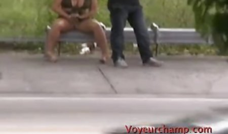 Sex gratis deutsche amateur pornofilme mit einer Brünette in einem Sweatshirt