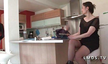 Capri Cavalli masturbiert im Ultraschallschrank deutsche pornofilme privat