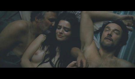 Uhrwerk Babe Laura geile private sexfilme Lee spielt vor der Kamera mit ihrem Charme