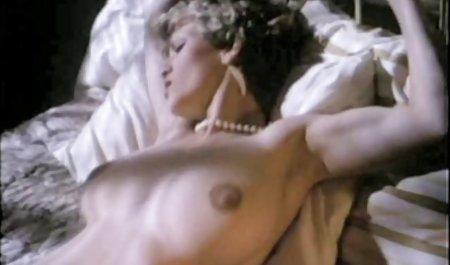 Die leidenschaftliche Brünette Audrey Bitoni wird von einer deutsche private pornofilme starken Patientin geweckt