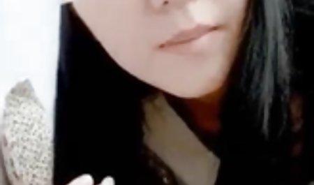 Stephanie Cane posiert vor der Kamera, bis der Bruder privat gedrehte pornofilme kommt