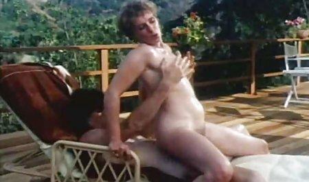 Dicke Ärsche private wichsfilme und dicke Titten unter einer riesigen Anstecknadel