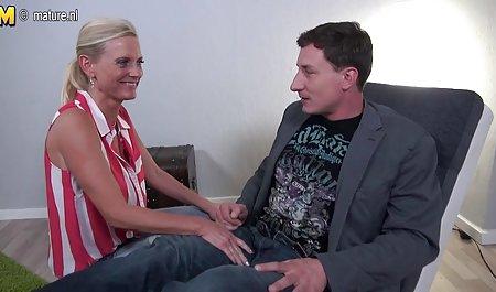 Der Chef findet Jessica Lynn Höschen private sex filme in seiner Karaffe