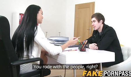 Mädchen mit einem großen Esel und einem kahlen Mann mit einem aufgeregten kostenlose hausfrauen sex filme Mitglied