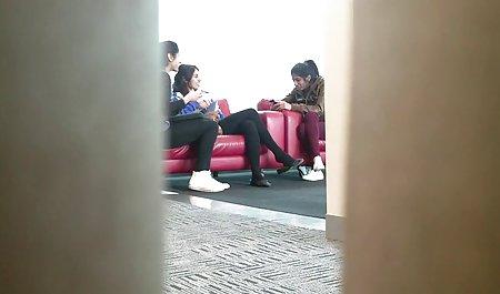 Vanessa gibt kostenlose private deutsche sexfilme sich auf der Treppe ficken