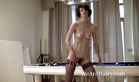 Blonde Lubin und Sex bei fickfilme privat der Arbeit