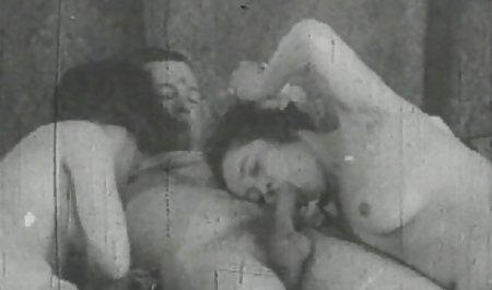 Freundinnen probieren sich zum ersten pornofilme von privat Mal gegenseitig ihre Fotzen aus