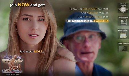 Brünette genießt private deutsche sexfilme Einsamkeit