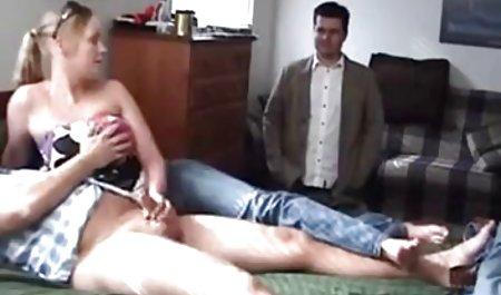 Der Schüler privatstunden pornofilm hat seinen Klassenkameraden, der Lehrer hilft