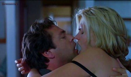 Studentenparty mit Rachel La private sex film Rouge