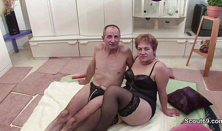 Die geile hausfrauen sex videos Brünette Jessica Jaymes mit einer klaren Fähigkeit zu faszinieren