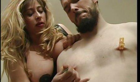Männer kommen in den privater sexfilm lüsternen Mund ihres Partners