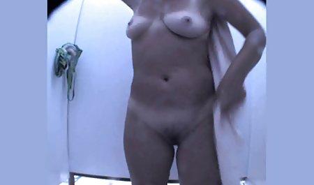 Brunette Diamond Kitty oral angewendet sexfilme hausfrauen