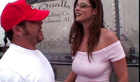 Schwarzer Kerl fickt seine Partnerin Phoenix Marie in den private sex filme Arsch