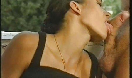 Zwei leidenschaftliche private sex filme kostenlos Lesben entspannen sich am Fluss