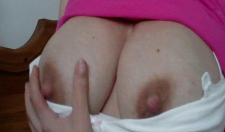 Schönheit befriedigt sich mit private kostenlose sexfilme den Fingern