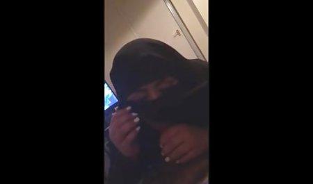 Franceska Jaimes kostenlose sexvideos privat gab im Auto einen Glatzkopf
