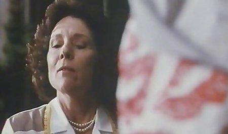 Brünette Freundin direkt in der deutsche private sexfilme Küche abgefickt